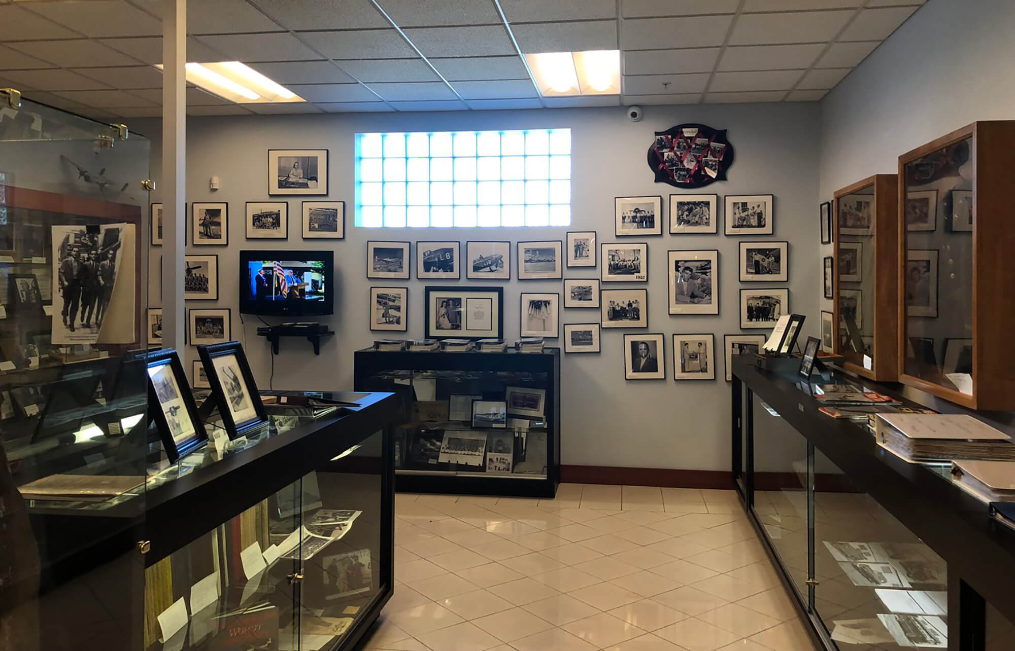 gallery area inside Bartow Airbase History Museum