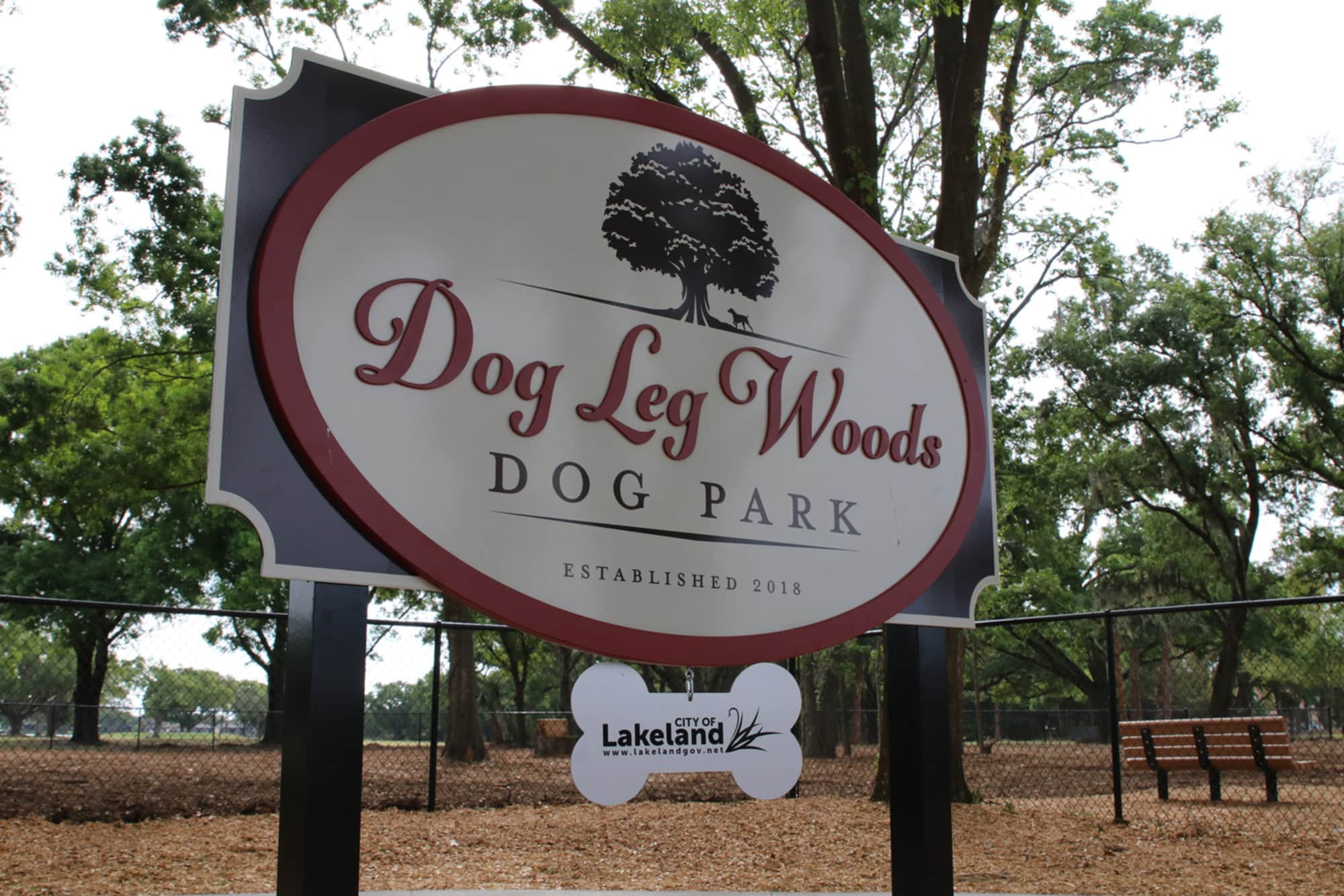 Sign at Dog Leg Woods Dog Park in Lakeland, FL