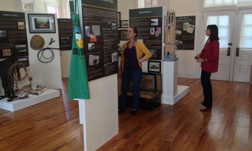 2 females looking at exhibits inside Lake Wales History Museum