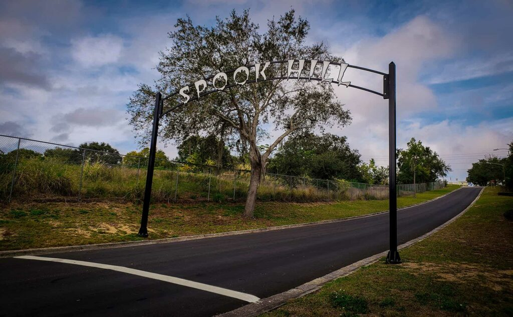 Spook Hill road and arch in Lake Wales, FL