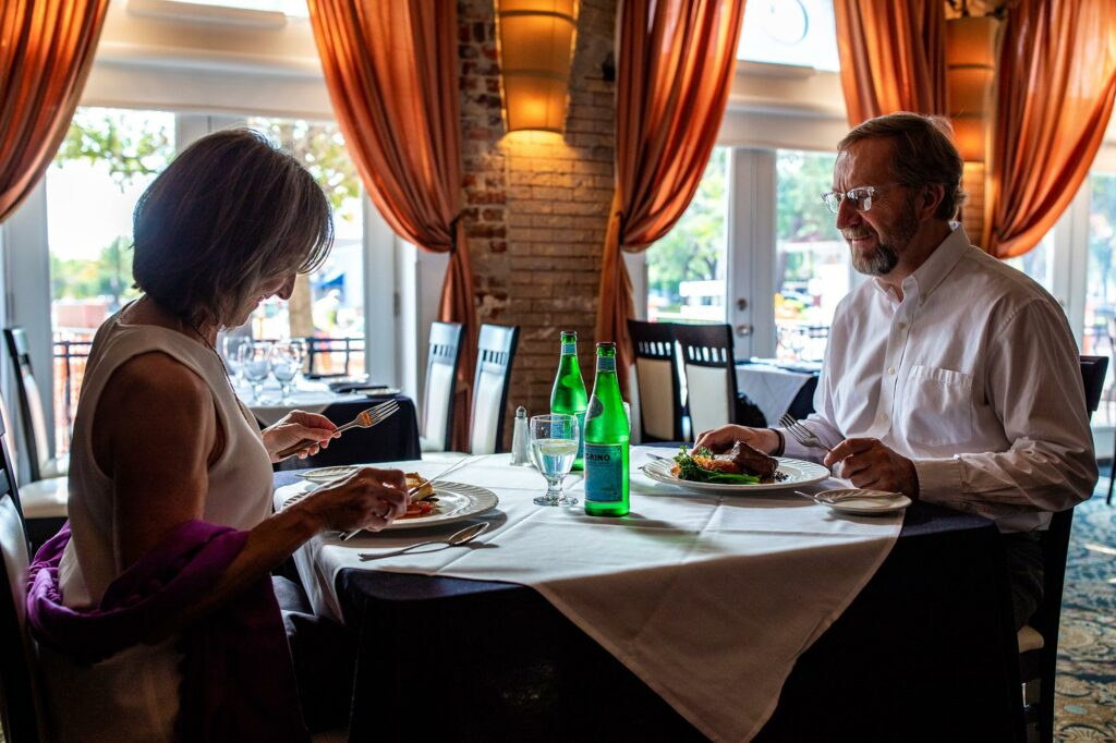 couple eating at Arabellas Ristorante in Winter Haven, FL