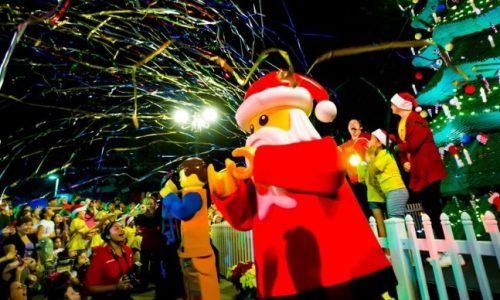 Holidays at LEGOLAND celebration with Santa