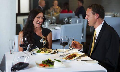 couple having dinner at SOTTOTERRA at Streamsong Resort.