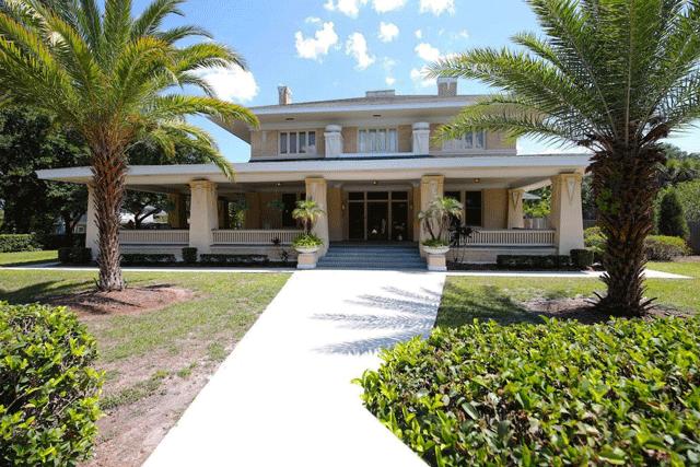 Historic 1912 Frank Lloyd Wright inspired Airbnb in Lakeland