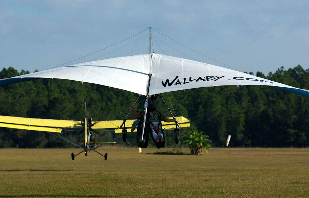 2 hang gliders at Wallaby Ranch in Davenport Florida