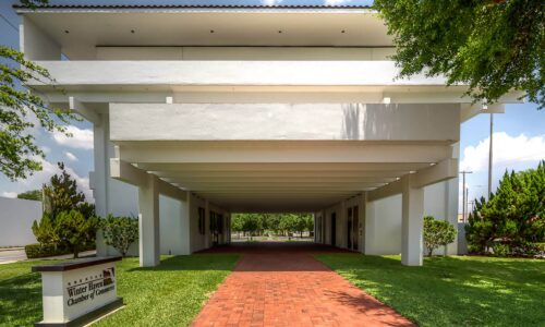 exterior of Greater Winter Haven Area Chamber of Commerce, designed by MCM architect Gene Leady