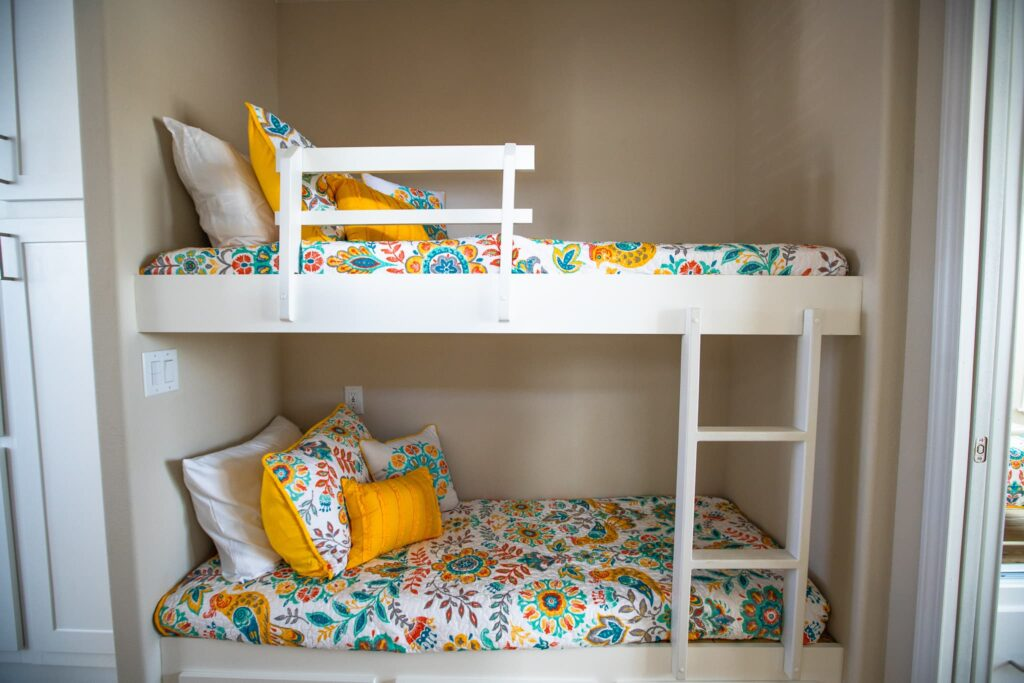 bunk beds inside rental cottage at Cabana Club Resort in Auburndale FL