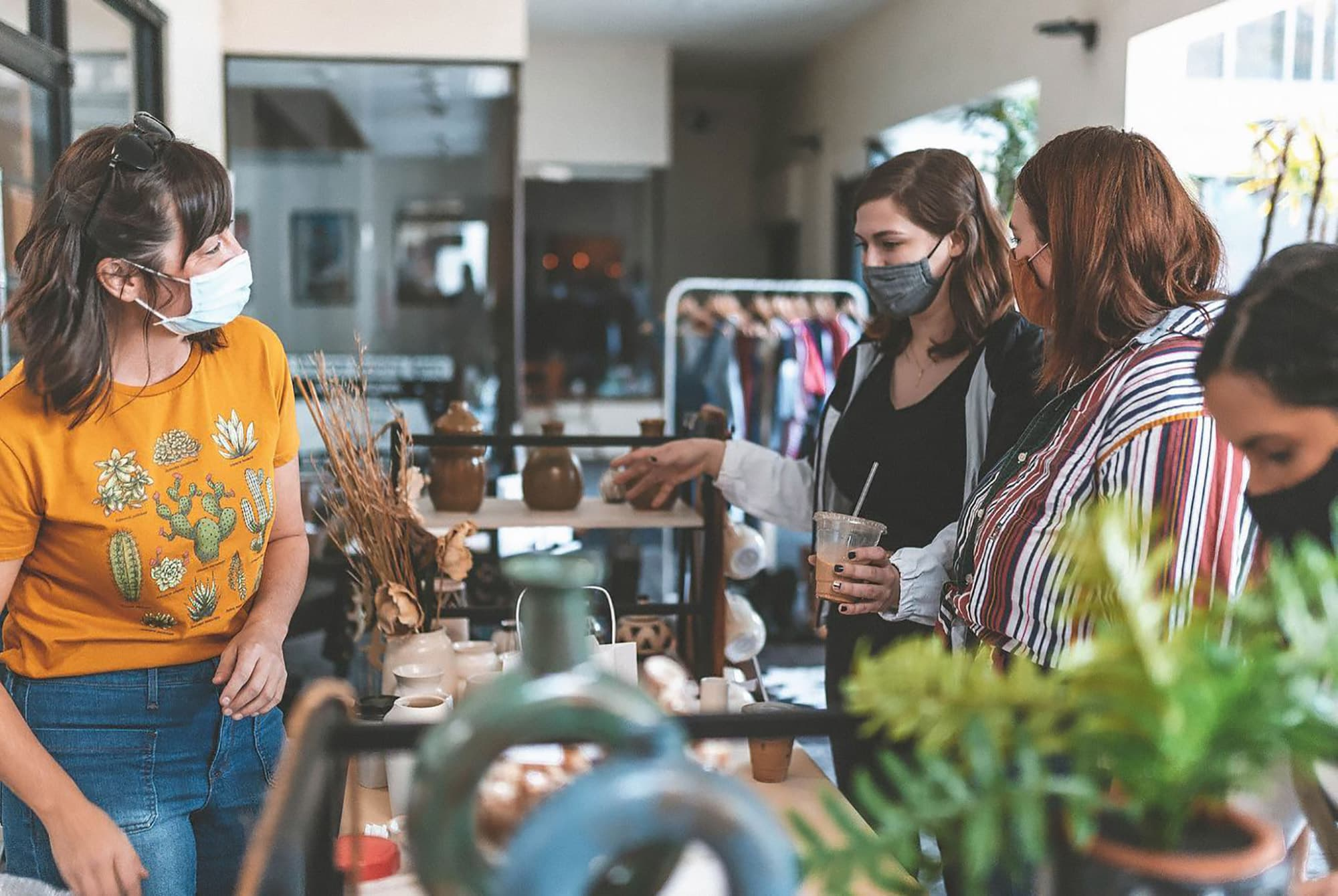 Buena Market, a weekly pop up market for local artisans in Lakeland, FL