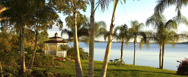 Central Florida Wedding Venue, Town Manor Pavilion and Lake